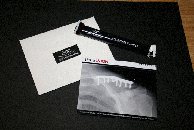 I designed thank you cards and chocolate clavicles to give to guests.